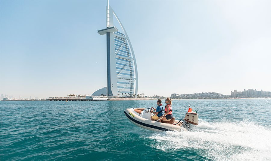 Tour Dubai with HERO OdySEA's self-drive boats