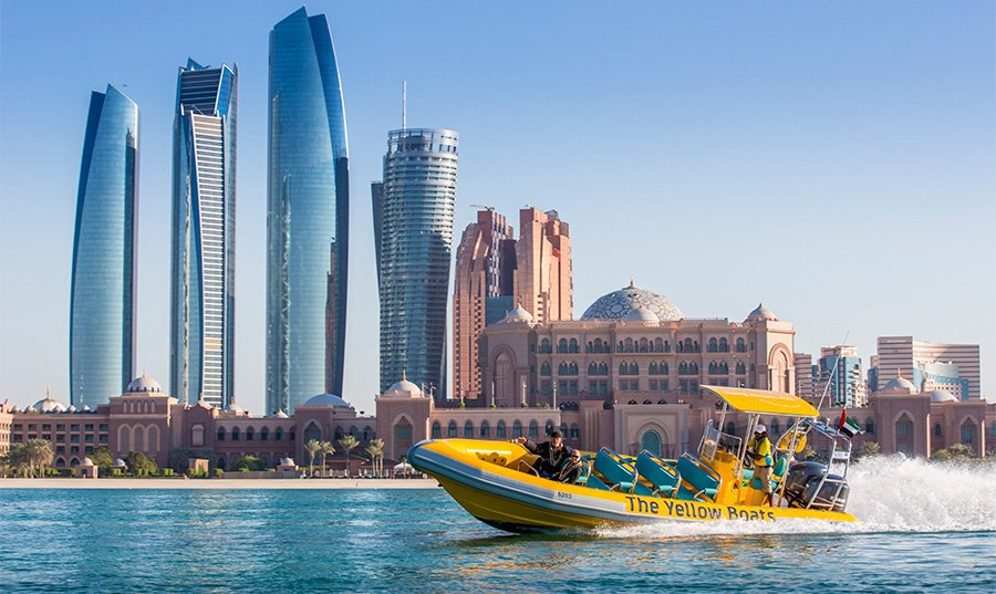 99-minute Speed-boat Tour in Abu Dhabi with The Yellow Boats